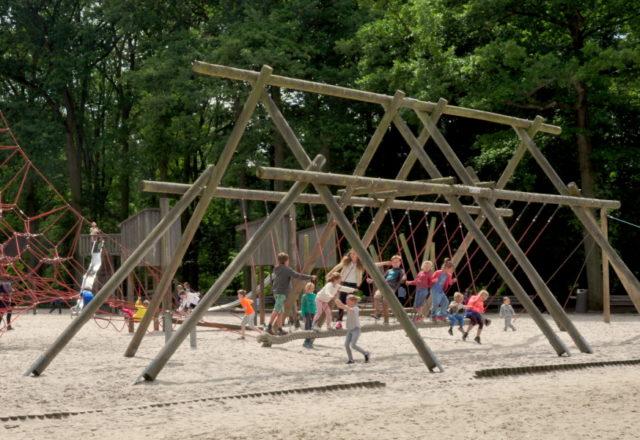 Plac zabaw w Middelheimpark