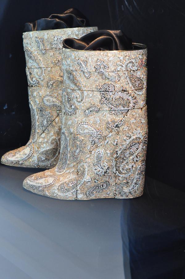DIVA. Antwerp Home of Diamonds - diamentowe buty