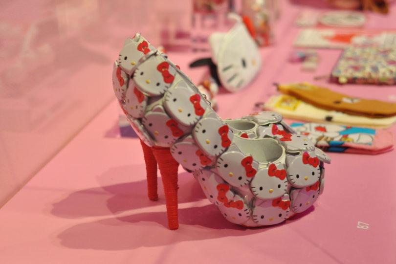 Hello Kitty - szpilki Lady Gaga