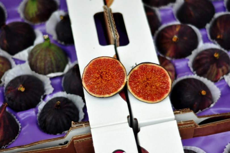 Figi na targowisku w Antwerpii