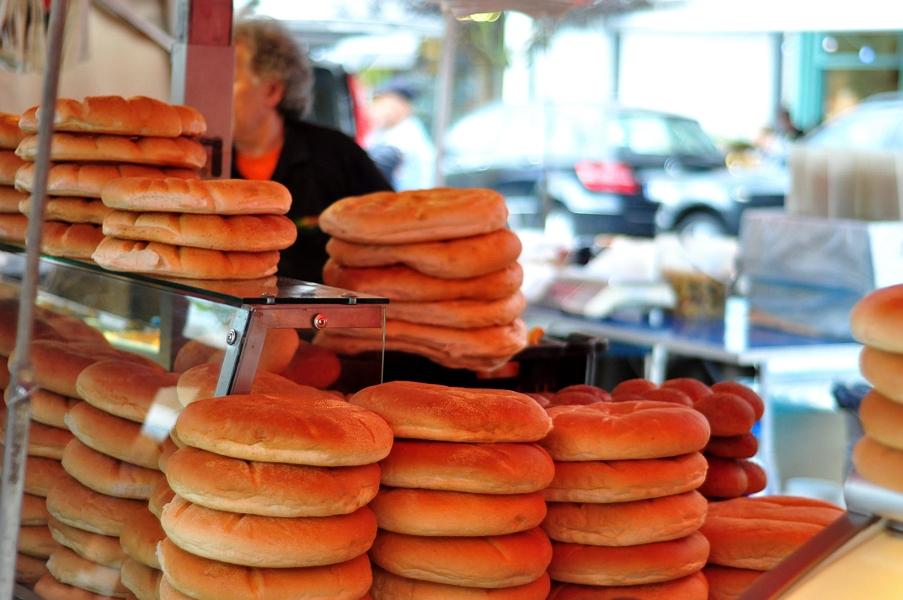 Marokański chleb - Targ na Theaterplein w Antwerpii