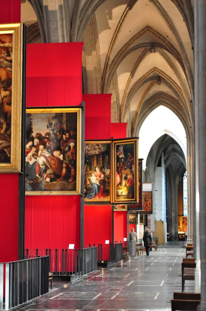 Antwerpia: Wnętrze Katedry